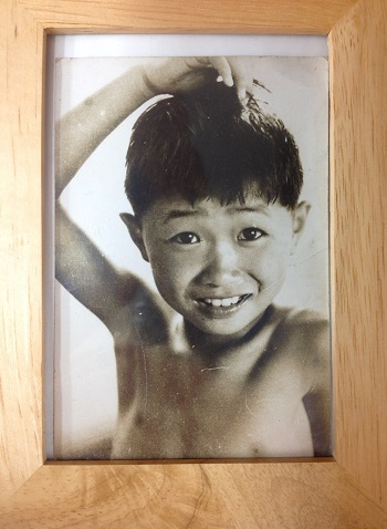 Yさん幼少期写真.JPG