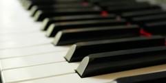 写真:8月オススメレッスンはピアノ!|富士店