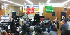 写真:インストアコンサートレポートその1 富士店
