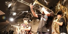 写真:Black Bottom Brass Band 25周年ツアーFUN TIME ROLL|富士店
