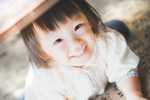 女の子笑顔ブログ内.jpg