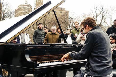 街角ピアノ2.jpg
