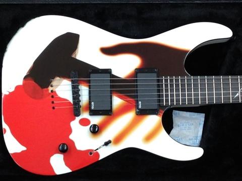 メタリカ30周年ギター1本目ボディ.jpg