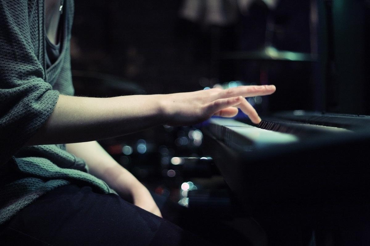 1月 ピアノ.jpg