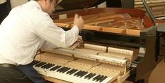 写真:ピアノ解体ショー今年も開催します!|藤枝店
