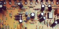 写真:藤枝・焼津・島田市で楽器修理なら当店へ!JC-120を分解修理|藤枝店