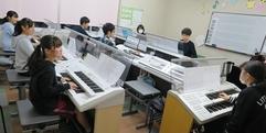 写真:ヤマハ音楽教室のおにいさん・おねえさんはどんな感じ? 藤枝店