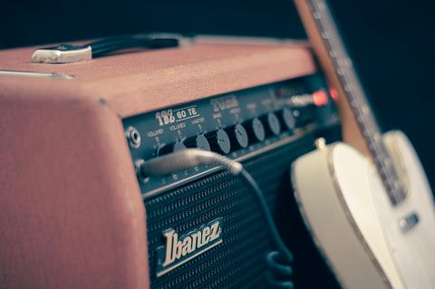 ギター&アンプ.pngのサムネイル画像