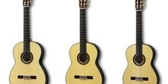 写真:クラシックギターを部活で始める方へ、クラシックギター展示増量中!|本店