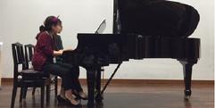 写真:フロアコンサートに参加しませんか? SBS通り店