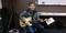 写真:ギター講師坂本先生にインタビューPart1|おとサロンSBS通り